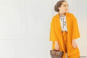 من الفاشينيستا آسيا يمكنك الحصول إطلالات عصرية و جذابه بالحجاب ايضاً